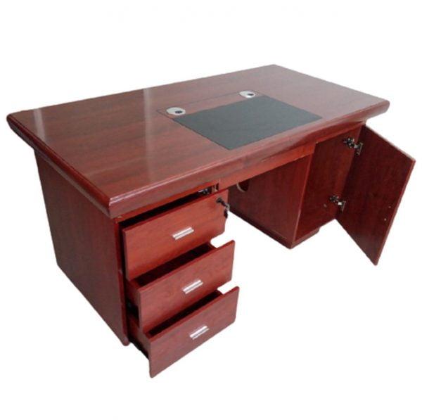 1.4M Executive office desk