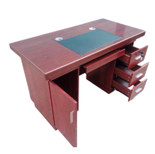Executive office desk - 1.2M